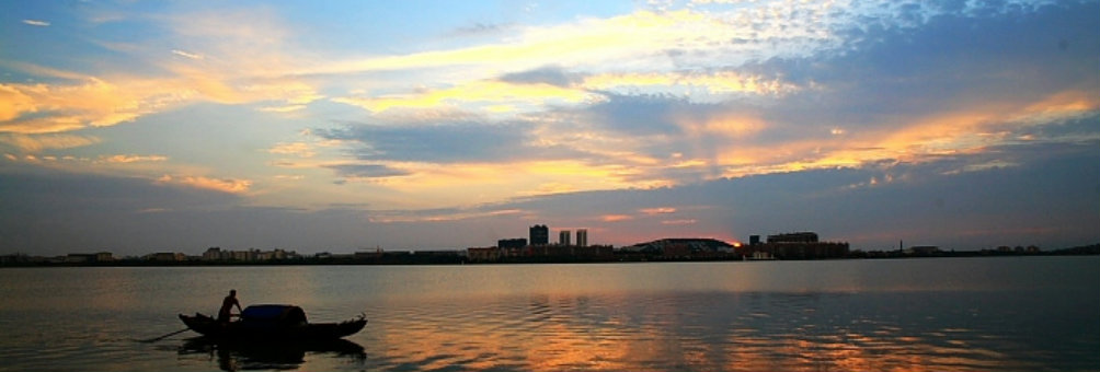 梦幻汤逊湖