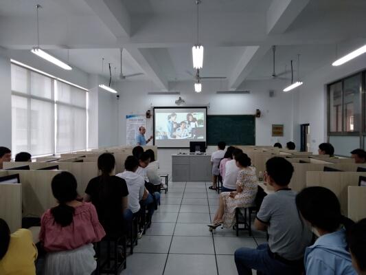 通州区检察院在通州开大举办两期PPT技能达标培训